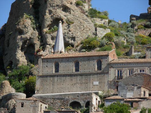 chiesa_dei_ss_pietro_e_paolo_-_panoramio